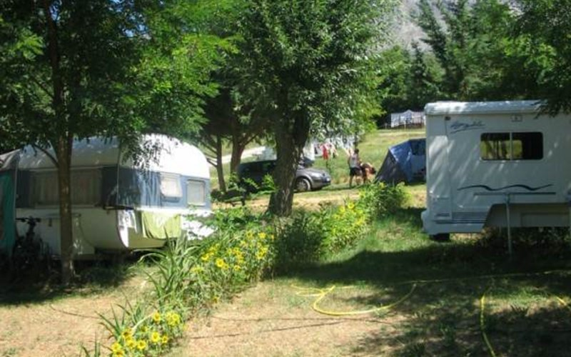 Location CAMPING LE GRAND PRE à CHORGES